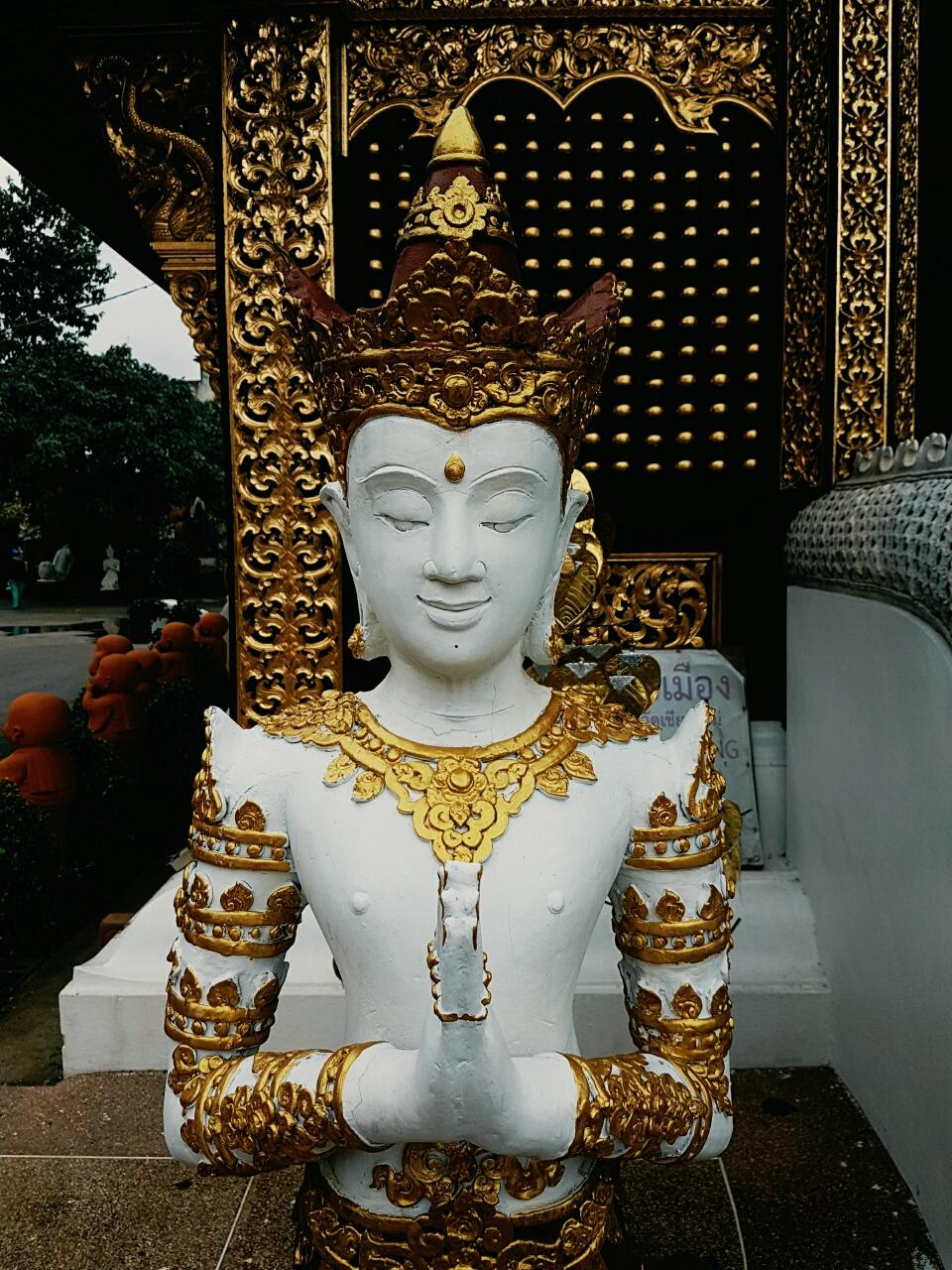 Правила поведения в буддийских храмах правила поведения в буддийском храме