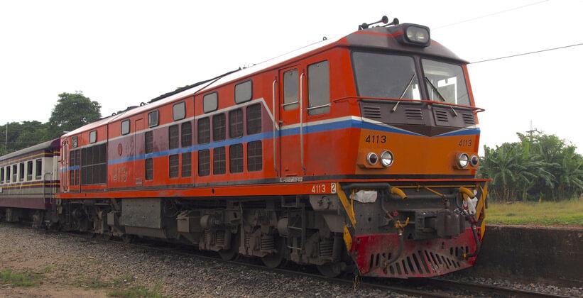 2 тайский поезд Поездка за визой из Бангкока во Вьентьян самостоятельно. Бангкок визаран.