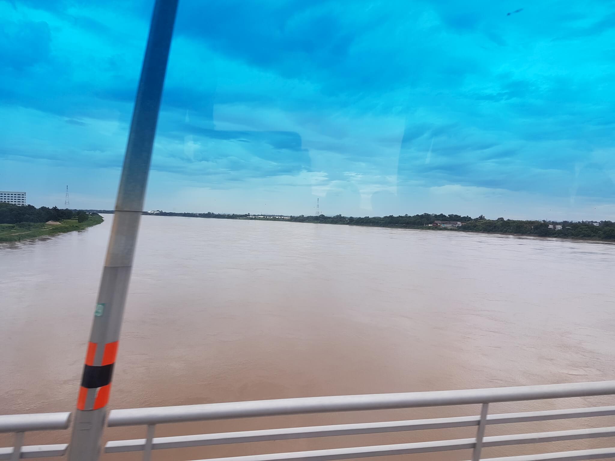 4 мост дружбы река меконг Поездка за визой из Бангкока во Вьентьян самостоятельно. Бангкок визаран.