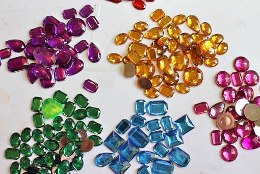 россыпь драгоценных камней (2) Ювелирный магазин на Пхукете.