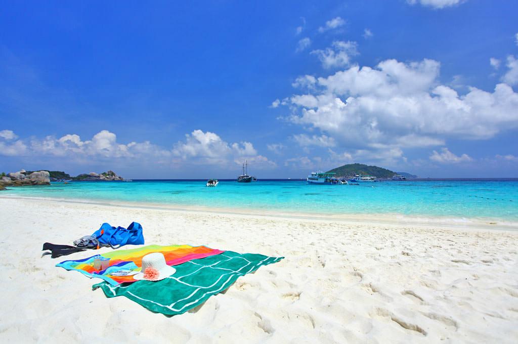 korallovyj-ostrov-phuket
