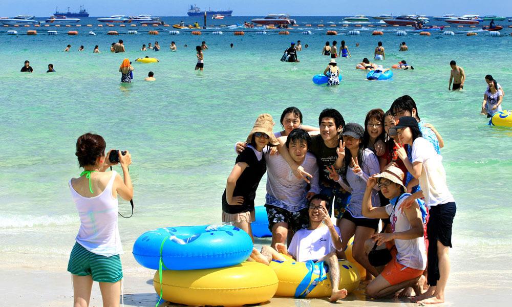turisty-na-otdyhe-more что взять в отпуск на море