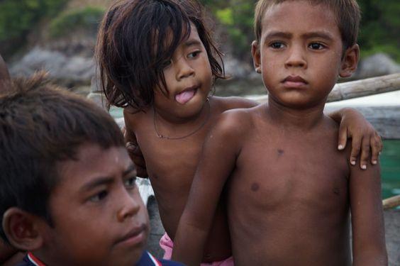 deti-moken-surinskie-ostrova