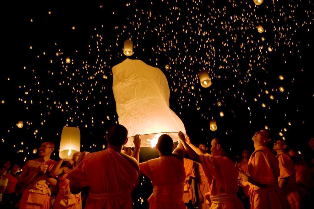 festival-fonarej-phuket-tailand
